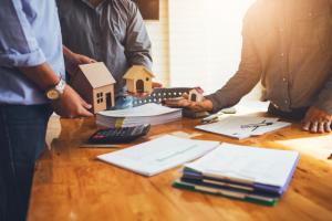 5 kinh nghiệm chọn sàn giao dịch bất động sản uy tín